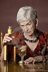 Women alcoholic2